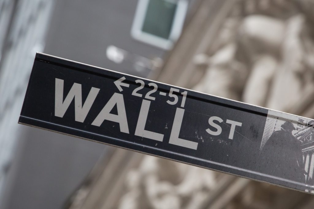 A sign for Wall Street in New York, U.S.. Photographer: Michael Nagle/Bloomberg
